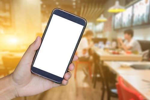 cercate un ristorante dove mangiare? arrivano le app in soccorso