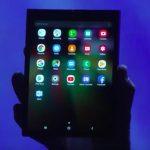 Samsung lancia lo smartphone con lo schermo pieghevole