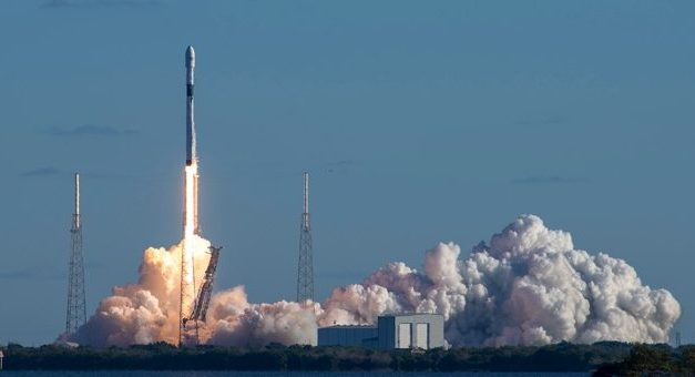 Space X lancia un nuovo satellite