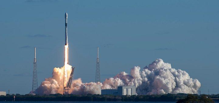 Space X lancia un nuovo satellite