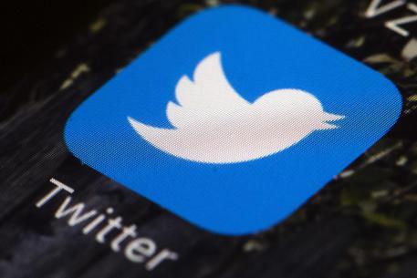 Twitter, regole soft per i leader mondiali