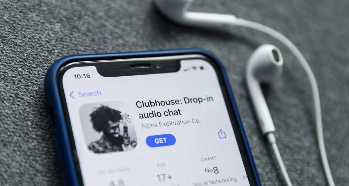Clubhouse continua a crescere